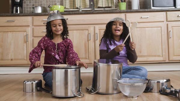 Pots_and_Pans_Drummers