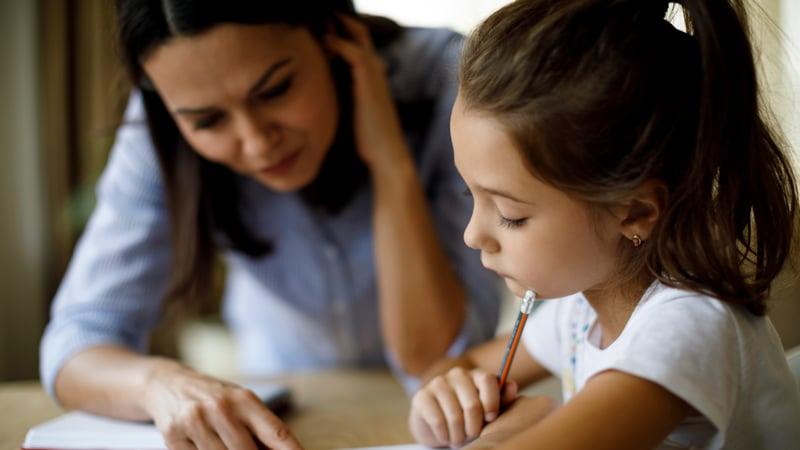 parent_helping_child